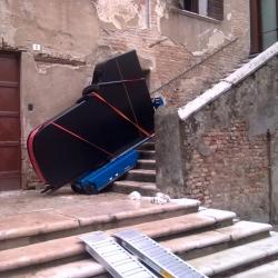 monte escalier sur chenilles