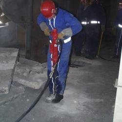 brise béton ou marteau piqueur hydraulique